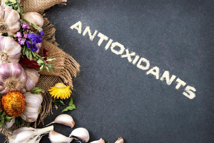 Decaffeinated Tea Fights Oxidative Stress