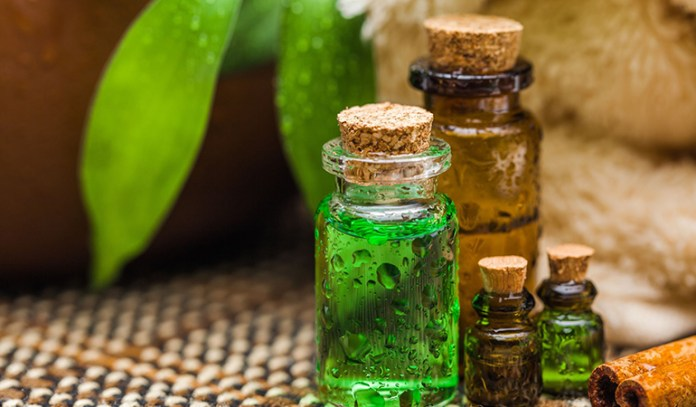 Tea Tree Oil Prevents Infection And Kills Bacteria