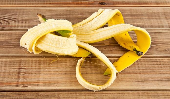 banana peel to get rid of hickeys
