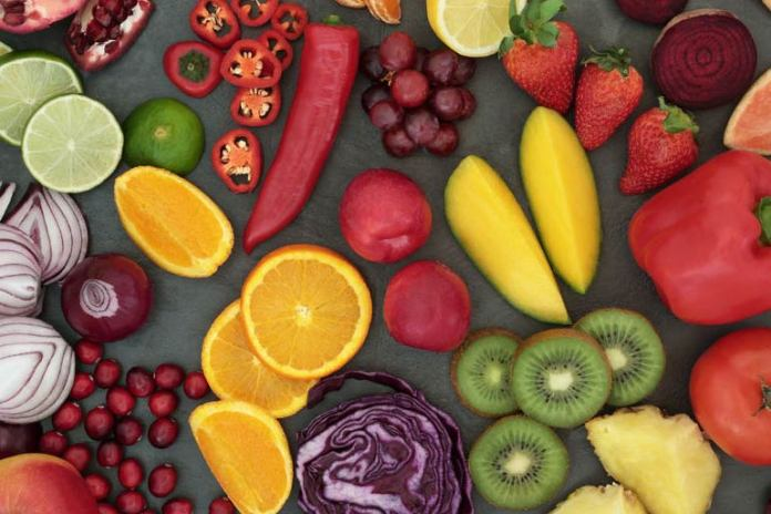 With their high fiber and low-calorie content, fruits and vegetables, can make any meal enjoyable for your palate.