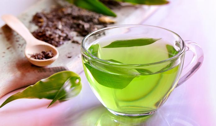 Green tea prevents the accumulation of excess uric acid in your blood stream)