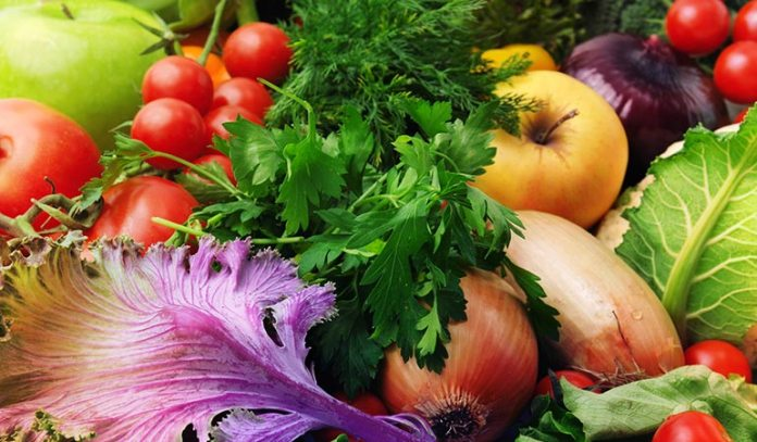 Eating fresh fruits and vegetables help us keep our vagina odor-free