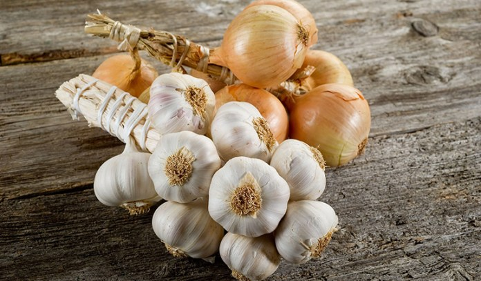 A Paste Of Garlic And Onion Is Good For Treating Boils