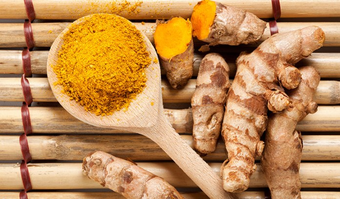 A Paste Of Garlic And Turmeric Can Treat Boils