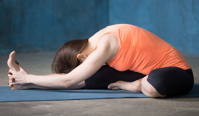 Janusirsasana keeps your stomach calm and reduces anxiety