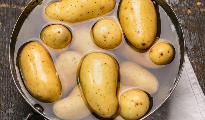 Remove potassium from potassium-rich food