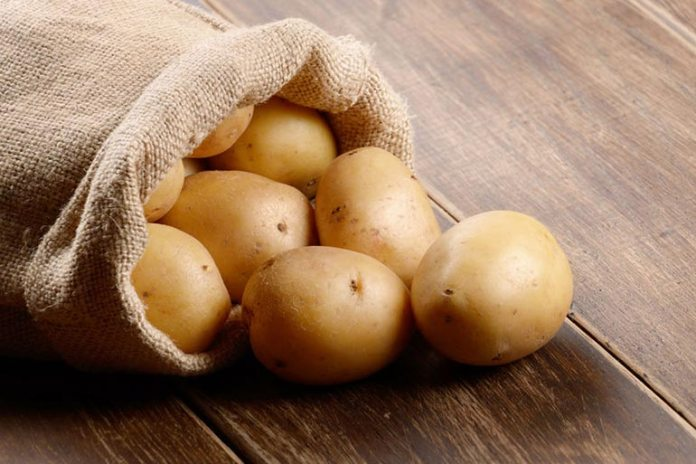 Rosewater and a potato soak gives proteins to the skin