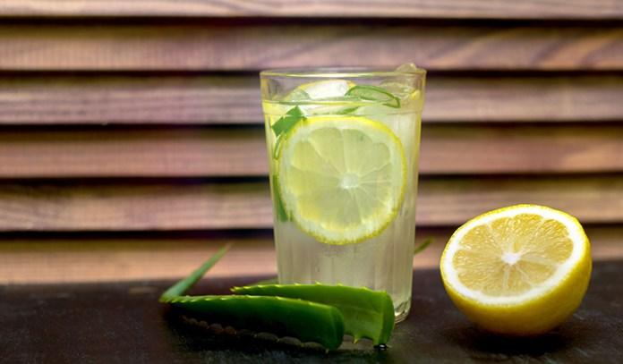A Juice Of Lemon And ALoe Vera Can Treat Acid Reflux