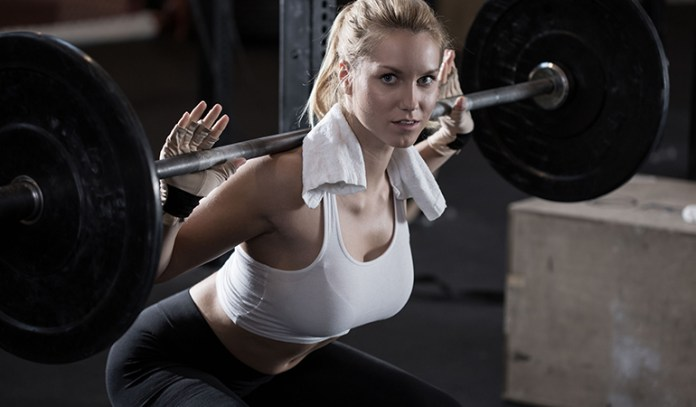Lifting Heavy Weights Can Help You Tone
