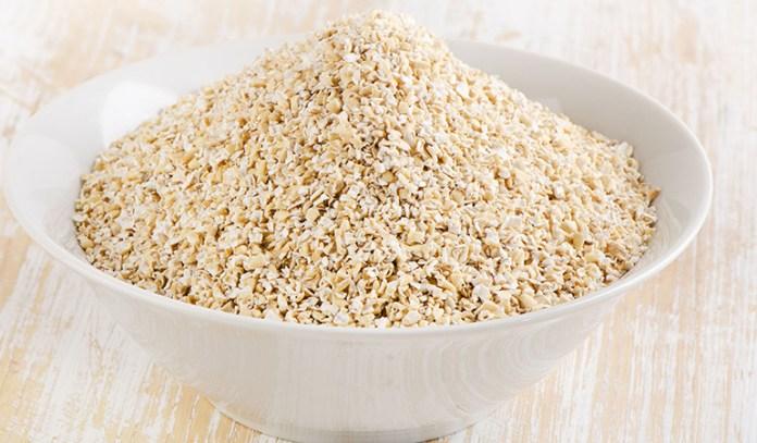 Half cup of oat bran has 7.25 grams of fiber