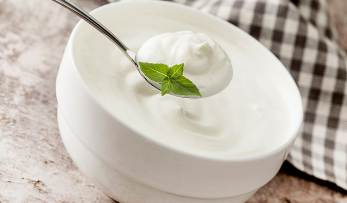 A Yogurt Face Pack Tightens Your Skin And Controls Oil Production