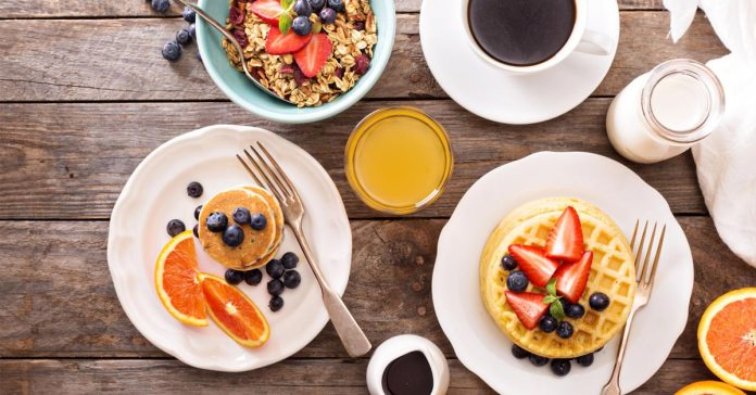 What Slim People Eat For Breakfast