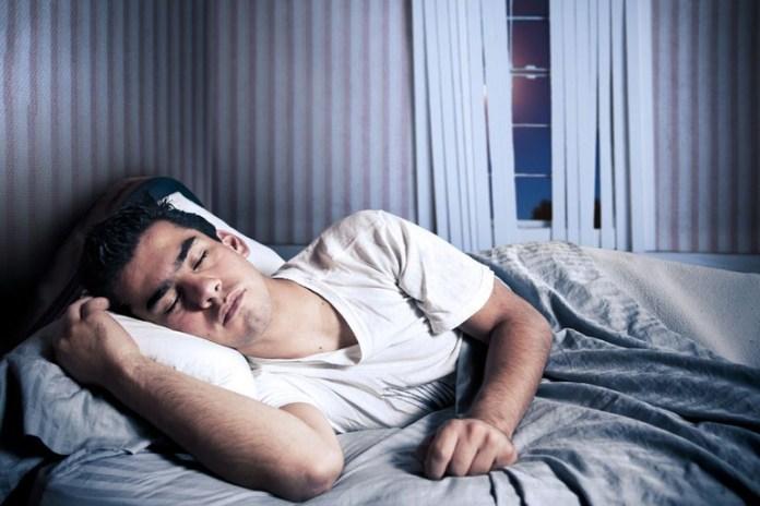 sleep early to wake up early morning