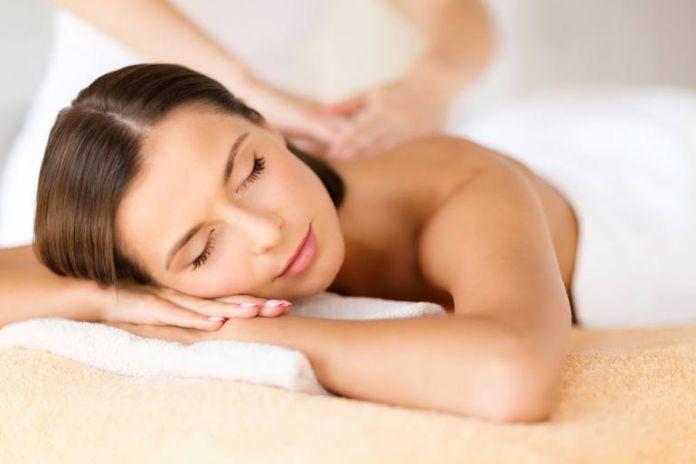 Coconut oil is an effective massage oil