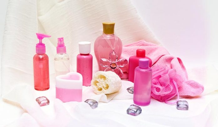 Feminine hygiene products can cause the skin to become irritated.