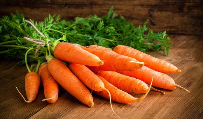 Carrots contain the required vitamins for healthy hair