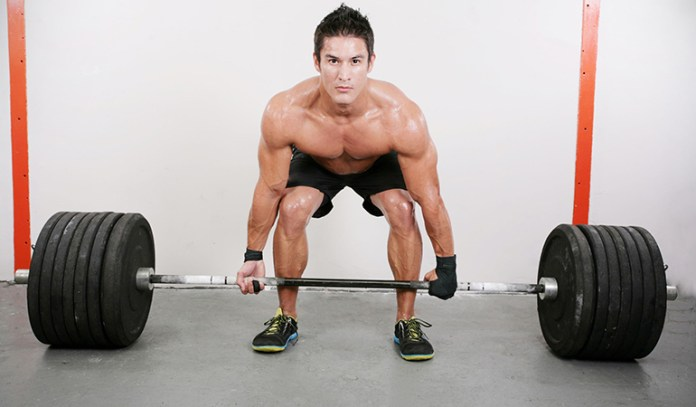 Dead lifts strengthen the upper and lower body.
