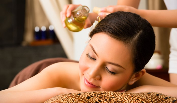 Try An Essential Oil Massage