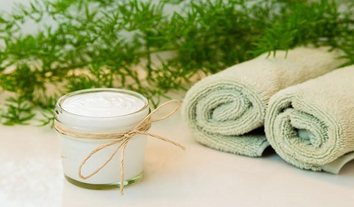 Primrose Oil And Coconut Oil Anti Wrinkle Eye Cream