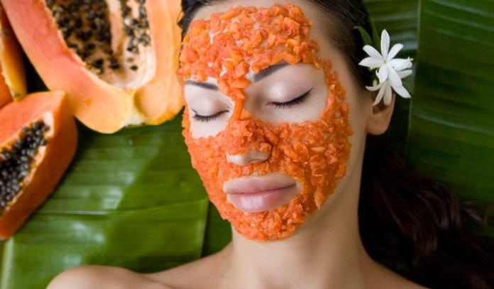 Papaya incrcreases hydration by reducing melanin