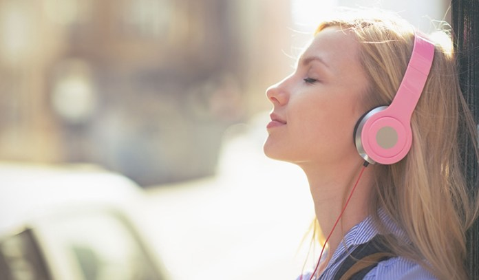Research says that tuning into music is a sure-shot way of de-stressing your mind.