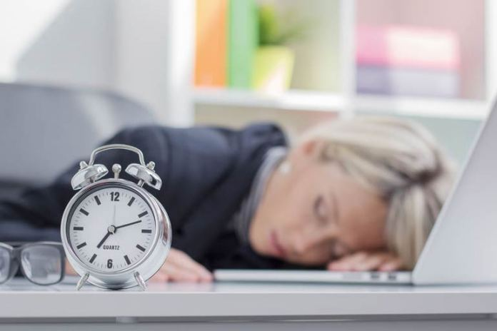 If you do not sleep enough then the body starts storing fat