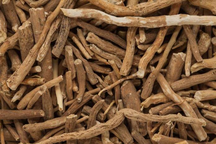 Ashwagandha helps to reduce stress and anxiety