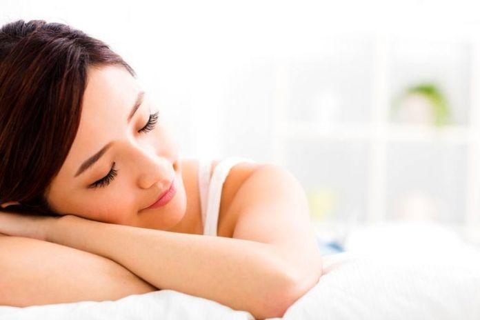 Getting enough sleep is key to living longer