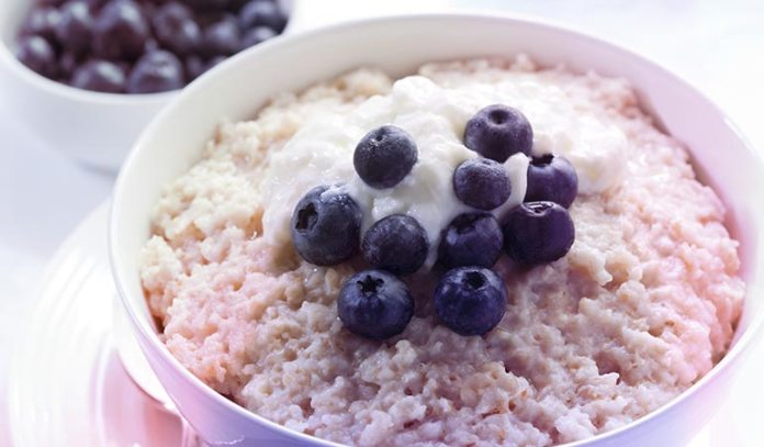 Oatmeal stimulates the production of tryptophan