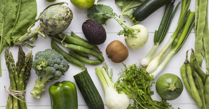 (Most of us face trouble meeting the daily requirement of green veggies in our diet.)