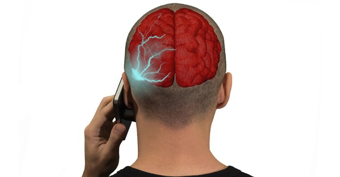 Cell phones can be linked to brain cancer