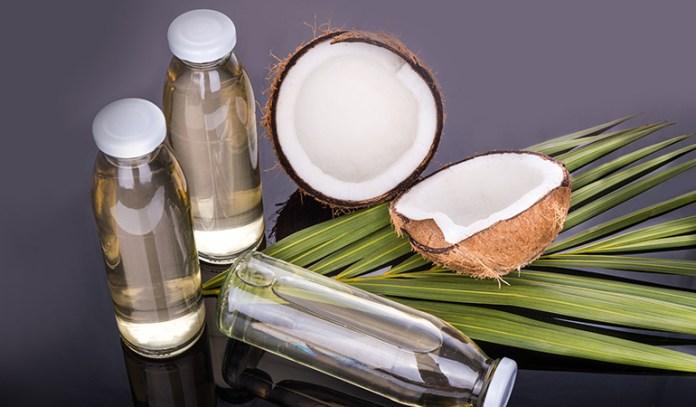 Coconut oil has antioxidants to heal skin.