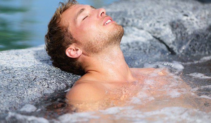 health benefits of sauna and hot baths