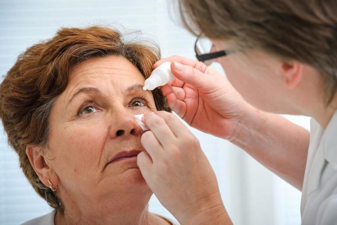 Common eye problems that come with age