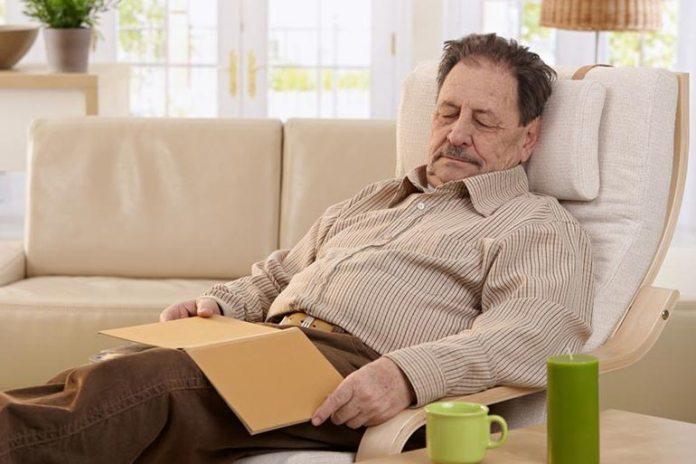 Regular mid-day naps help with longevity