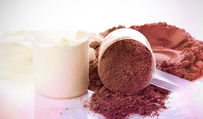 Flavored protein powder contains added sugar