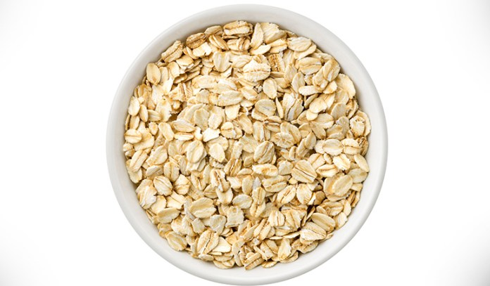 oatmeal and yogurt face pack for oily skin