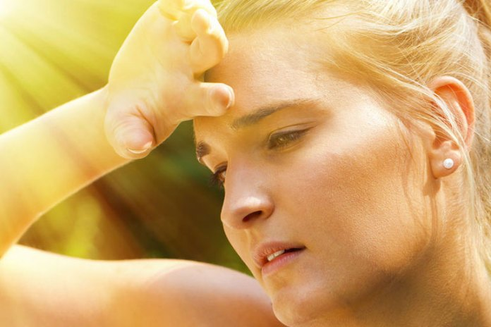 Excessive sweat that does not evaporate causes heat lumps