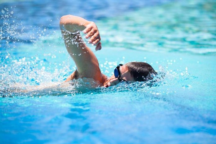 Freestyle swimming is the best choice for a triathlon