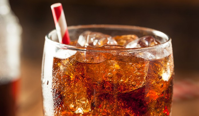 Weight Loss Tip: Avoid Diet Soda