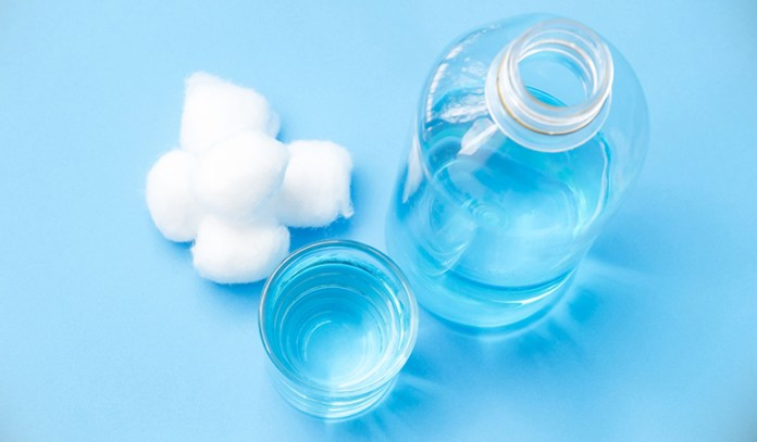 Peroxide has powerful antibacterial properties and therefore makes for a great toothpaste alternative.