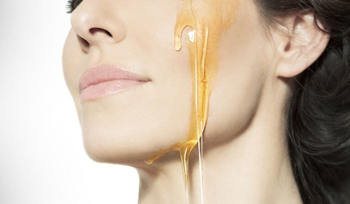 Honey is a great alternative for chemical-based cleansers thanks to its natural protective and cleansing properties.