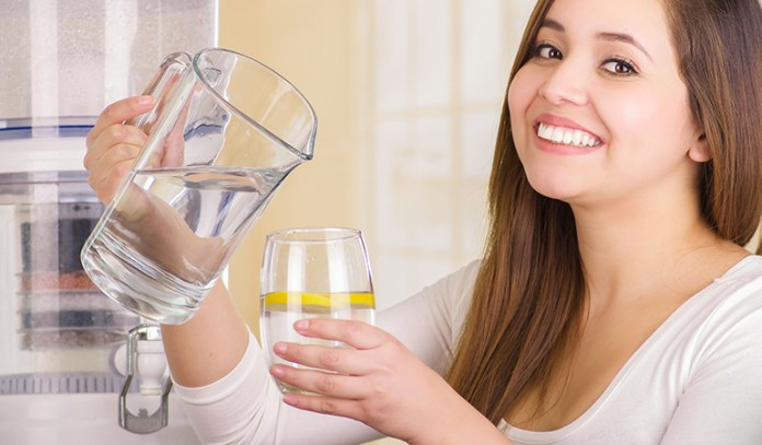 Drinking Alkaline Reduced Water Can Ease PCOS Symptoms