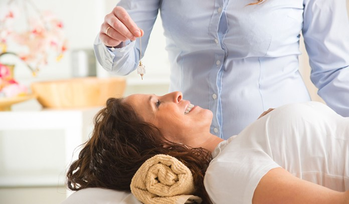 Hypnotherapy might promote weight loss by modifying eating habits.