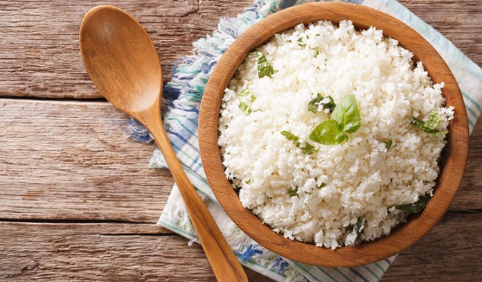 Cauliflower rice: Use raw cauliflower instead of rice
