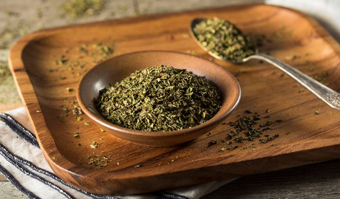 An antioxidant herb that's also anti-inflammatory and antimicrobial in nature, oregano can treat lung congestion.