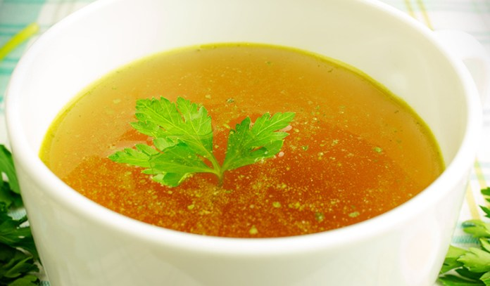 Ginger garlic soup to ward off cold