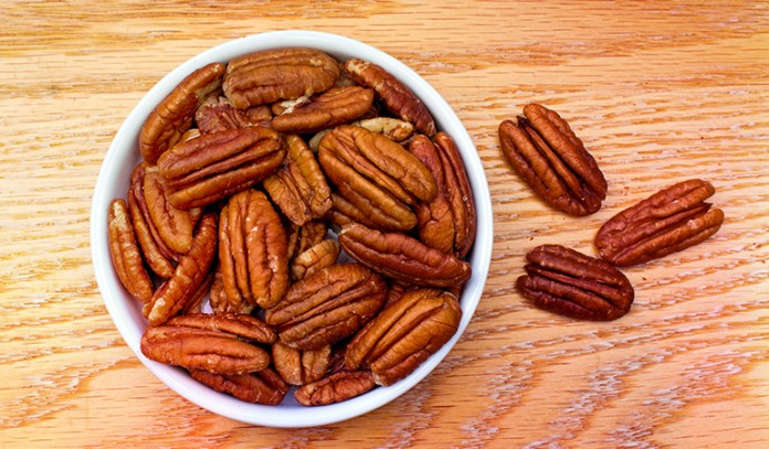 here's 0.280 gm of ALA in 1 ounce (19 halves) of pecans.