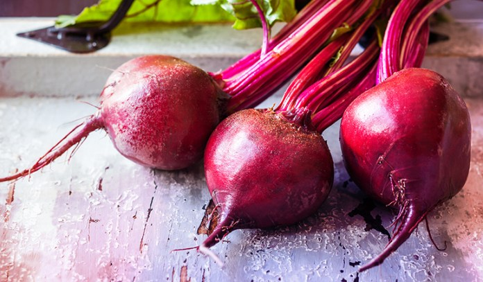 A cup of boiled sliced beetroot has 2.86 gm of protein.