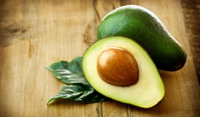 1 cup of cubed avocados has 31.5 mcg of vitamin K (26.2% DV).